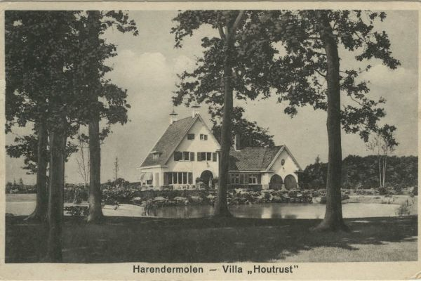 00068-hgr-villa-houtrust3572D988-EA1E-BE90-C27D-B01FECD1DCBD.jpg