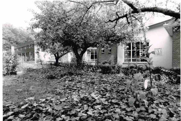 foto-jan-buwalda-buitenschool-appelbergen-1995-1200E7928412-DE63-A915-14C3-594DB4252474.jpg